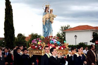 PROCESIÓN MARÍA AUXILIADORA