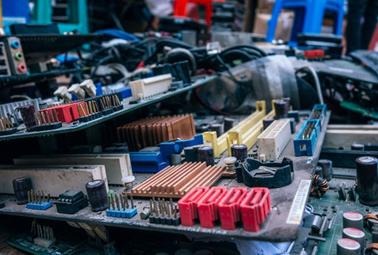 RG04.-Solicitud mantenimiento equipos informáticos