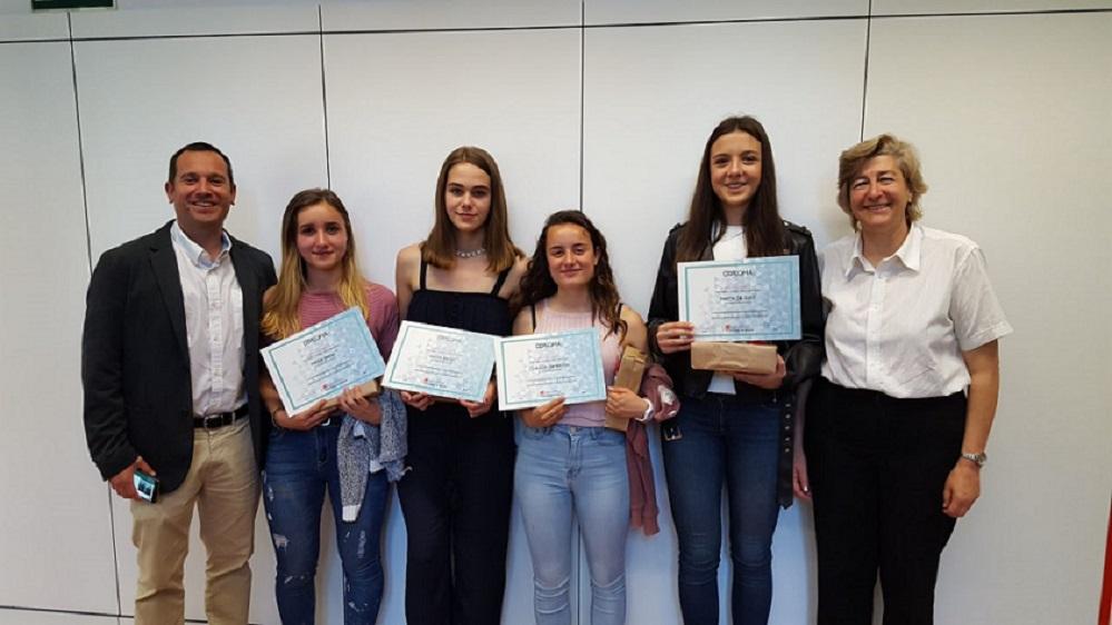 """Alumnas de 4ºESO finalistas del II Festival de """"Micro-cortos en Valores""""."""